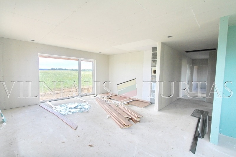 Trakų r. sav., Senojo Tarpupio k., 79 m², 15 a, 65 000 €