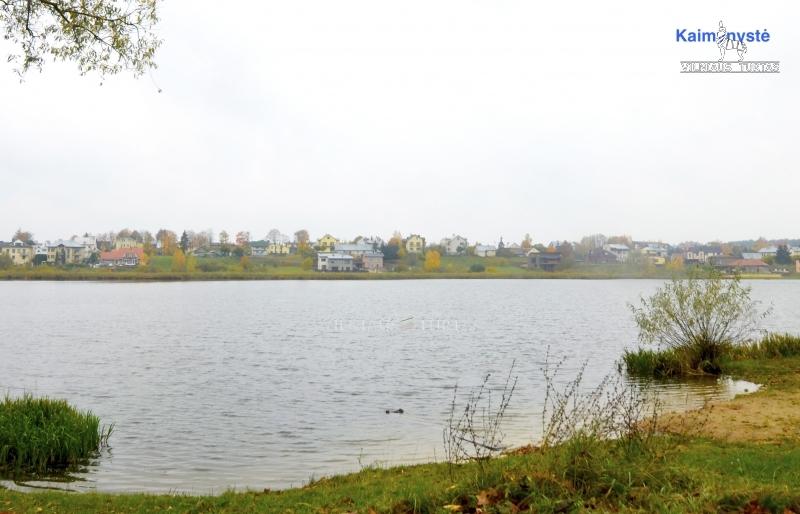 Vilniaus r. sav., Antežerių k., 110 m², 5 a, 120 000 €