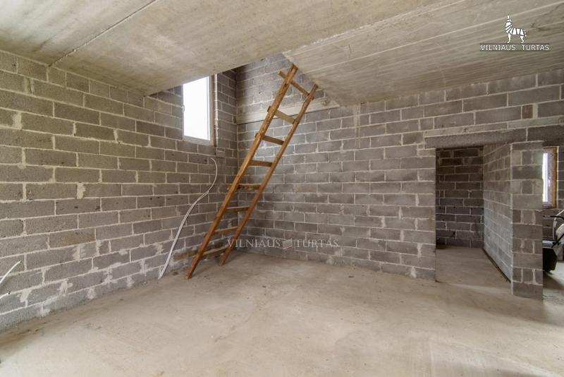 Vilniaus r. sav., Bratoniškių k., 169 m², 16 a, 75 000 €