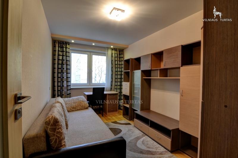 Vilniaus m. sav., Antakalnis, P. Vileišio g., 57 m², 82 300 €