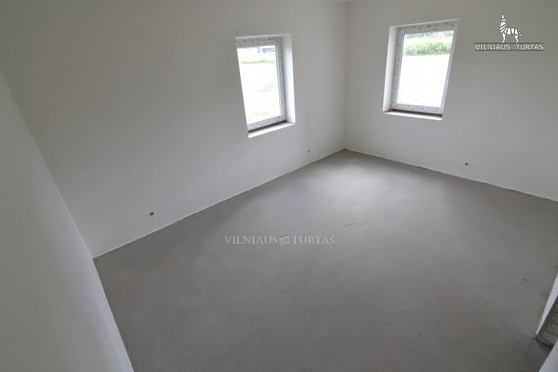 Vilniaus r. sav., Vėliučionių k., 148 m², 25 a, 90 000 €