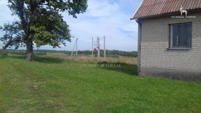 Elektrėnų sav., Podhaliampolio k., 126 m², 1598 a, 69 000 €
